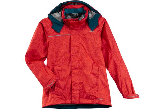02-KL-adidas-Advertorial-Fruehjahr-2012-kids-Boys Hiking 2.5L CPS Jacket 1 (jpg)