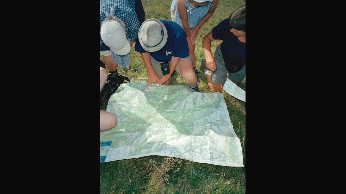 1 OD Zu Fuß über die Alpen - alle Infos zum Alpencross Karte lesen