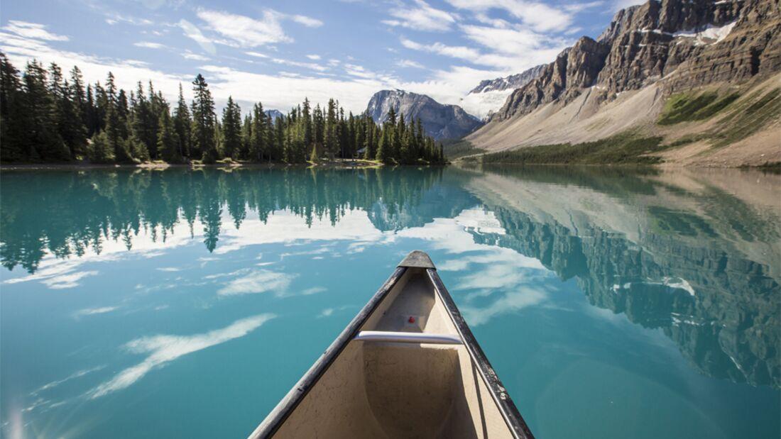 10_Nationalparks_Kanada_Banff_Bow_Lake_Banff Lake Louise Tourism - Noel Hendrickson (jpg)