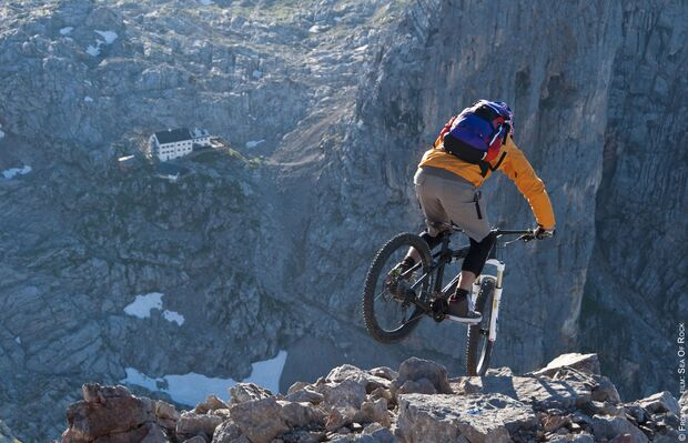 AL-Banff-Filmtour-2014-SEA OF ROCK TRIAL (jpg)