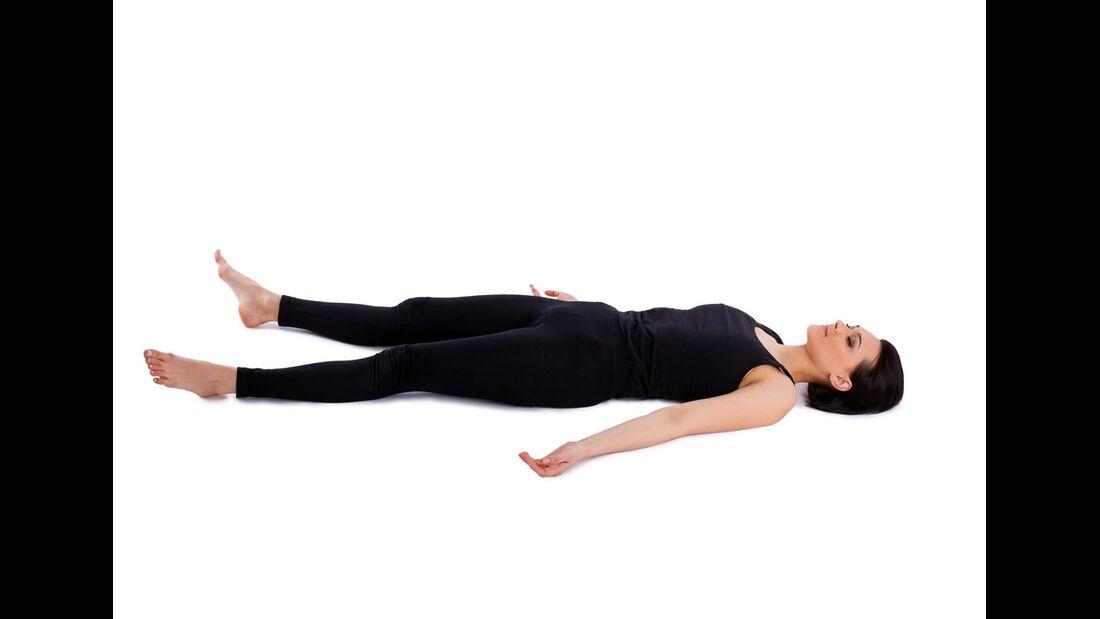 AL-Yoga-savasana-shutterstock-fuer-burmester-0113-shutterstock_78517363 (jpg)