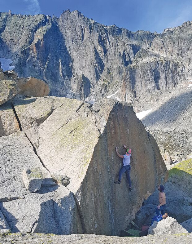 Bouldern am Furkapass