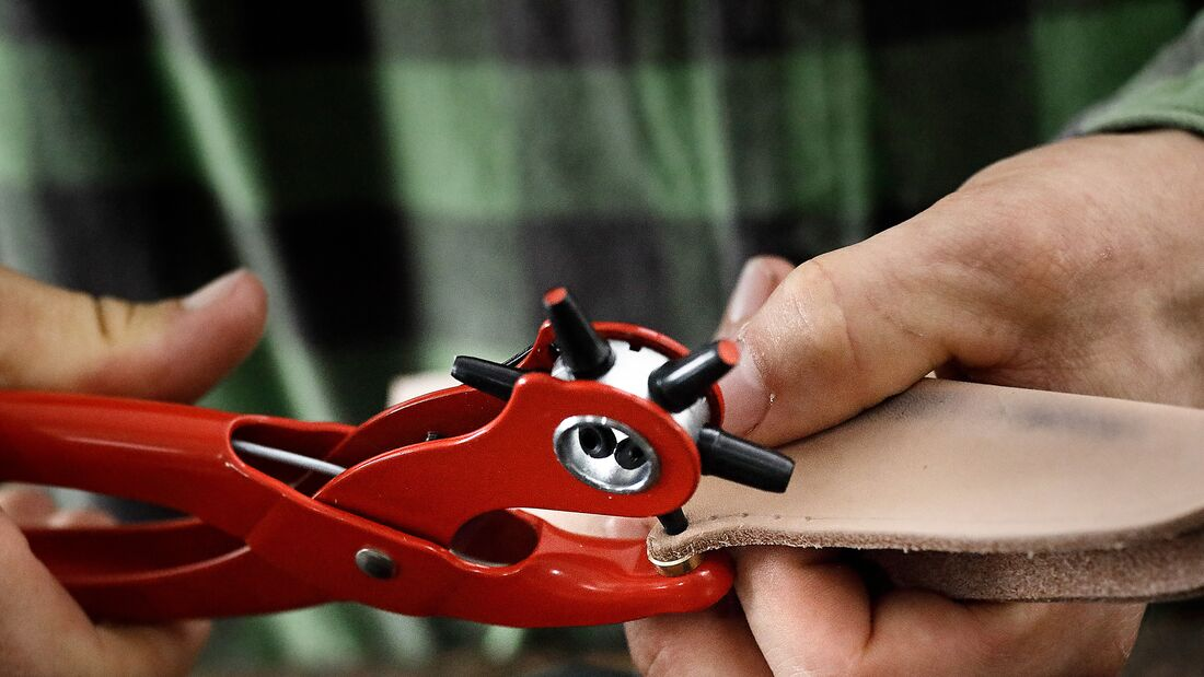 Bushcraft: Messer und Messerscheide selber bauen
