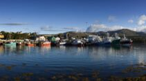 Castletown-Bearhaven-Harbour-Beara