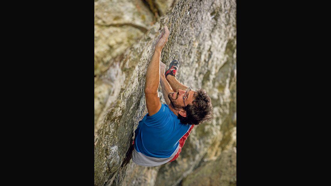 Daniel Horvath in The dark knight rises (Fb 8A), Mandlers Boden, Pitztal, Tirol, Österreich