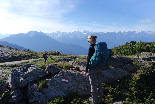 Daniela auf Alpencross mit dem Mammut Crea Pro 6