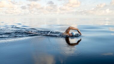 Extremschwimmerin Nathalie Pohl Weltrekord Jersey Channel 2020