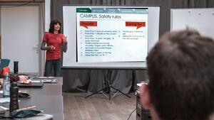 Fingerkraft mit Dr. Eva Lopez Vortrag Climbing Coaches Conference
