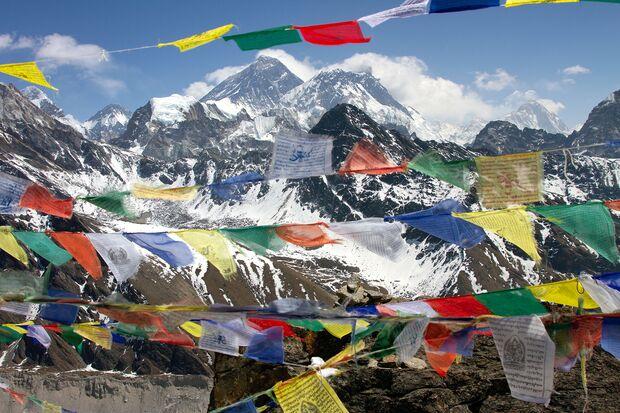 Goyko Ri mit Blick auf den Mount Everest