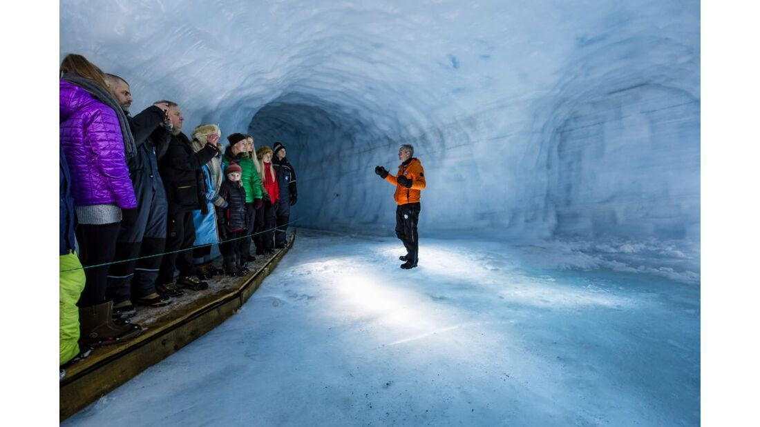 Into the glacier - Wunderwelt aus Eis 11