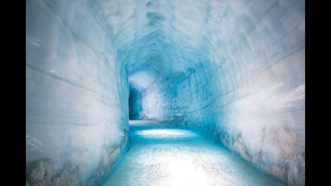 Into the glacier - Wunderwelt aus Eis 14