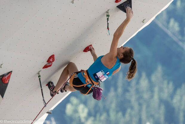 KL-Boulder-Weltcup-2015-the-circuit-boulder-weltcup-Chamonix-2015-IFSC-Lead-World-Cup-Qualifications-15 (jpg)