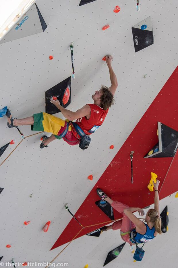 KL-Boulder-Weltcup-2015-the-circuit-boulder-weltcup-Chamonix-2015-IFSC-Lead-World-Cup-Qualifications-32 (jpg)