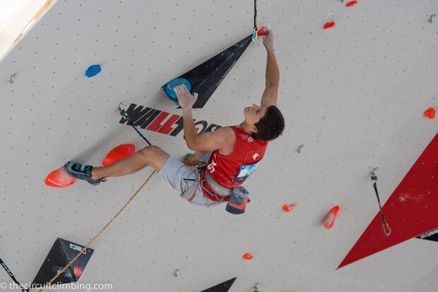 KL-Boulder-Weltcup-2015-the-circuit-boulder-weltcup-Chamonix-2015-IFSC-Lead-World-Cup-Qualifications-38 (jpg)