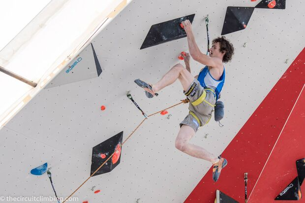KL-Boulder-Weltcup-2015-the-circuit-boulder-weltcup-Chamonix-2015-IFSC-Lead-World-Cup-Qualifications-6-Adam-Ondra (jpg)