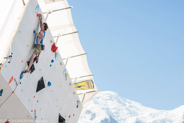 KL-Boulder-Weltcup-2015-the-circuit-boulder-weltcup-Chamonix-2015-IFSC-Lead-World-Cup-Qualifications-7-Adam-Ondra (jpg)