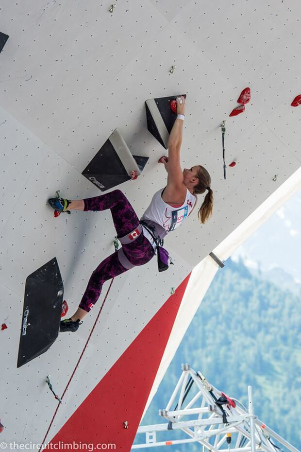 KL-Boulder-Weltcup-2015-the-circuit-boulder-weltcup-Chamonix-2015-IFSC-Lead-World-Cup-Qualifications-71-Alison-Stewart-P (jpg)