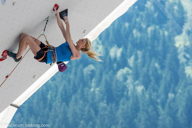 KL-Boulder-Weltcup-2015-the-circuit-boulder-weltcup-Chamonix-2015-IFSC-Lead-World-Cup-Qualifications-74-Matilda-Soederlu (jpg)