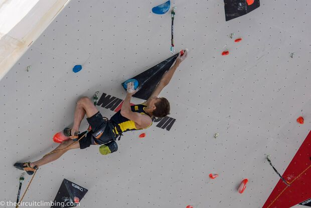KL-Boulder-Weltcup-2015-the-circuit-boulder-weltcup-Chamonix-2015-IFSC-Lead-World-Cup-Qualifications-79 (jpg)