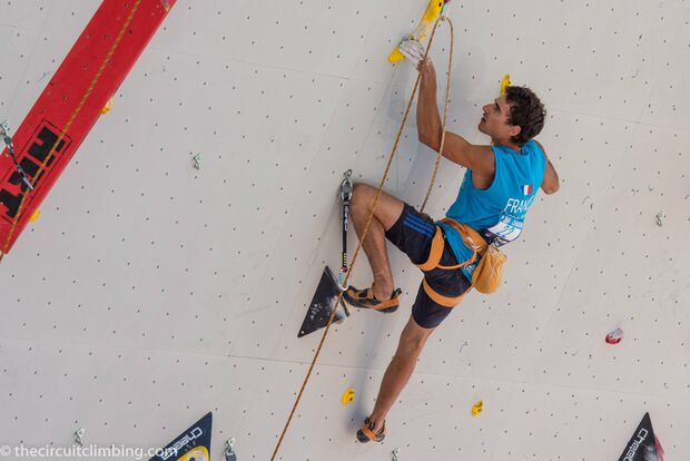 KL-Boulder-Weltcup-2015-the-circuit-boulder-weltcup-Chamonix-2015-IFSC-Lead-World-Cup-Qualifications-99-Charli-Blein (jpg)