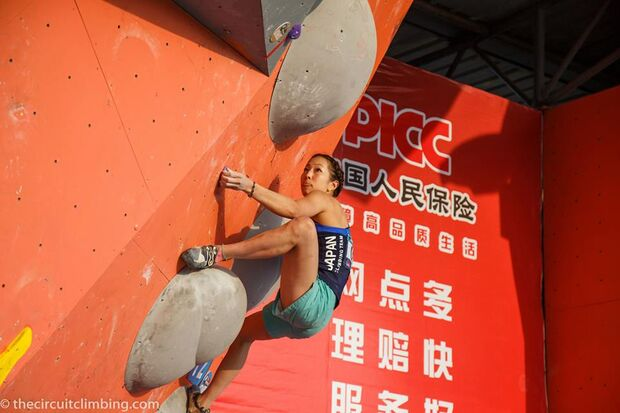 KL-Boulder-Weltcup-2015-the-circuit-boulder-weltcup-Haiyang-2015-IFSC-Boulder-World-Cup-Finals-selection-24-Noguchi-Akjyo (jpg)