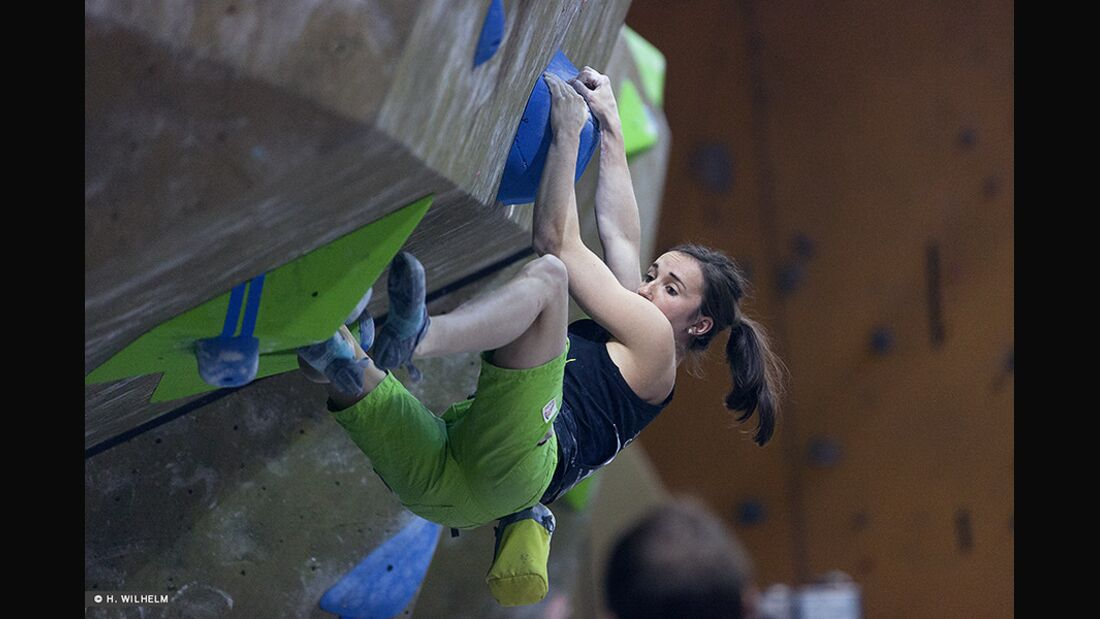 KL-Boulder-Weltcup-Toronto-2014-Juliane-Wurm-14304889906_e20fcbe79a_b (jpg)