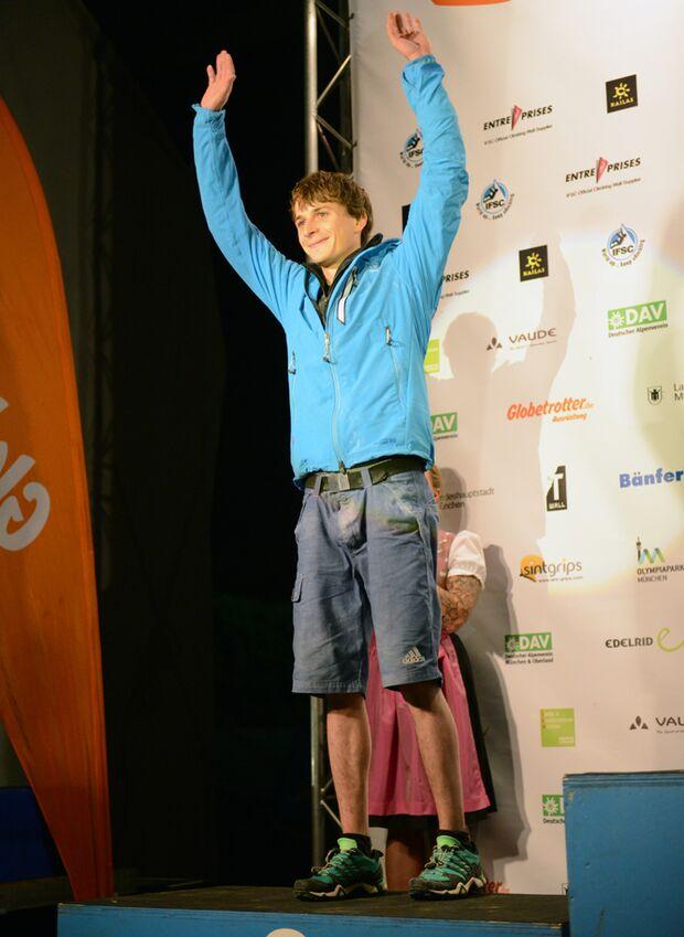 KL_Boulder Worldcup Muenchen 2013_Siegerehrung Muenchen_Thomas Tauporn_GER_Zweiter_SKE_7103 (jpg)