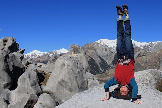 KL CEWE Fotowettbewerb 2013 Leserfotos Pia Minixhofer - Lesertext: Beide Fotos entstanden in Castle Hill, Neuseeland. Das erste Foto zeigt wie oft die Barriere nur in deinem Kopf und viel weniger in den Tatsachen besteht!  Wenn man auf der anderen Seite d