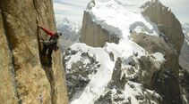 KL-David-Lama-Eternal-Flame-Trango-Tower-P-20120924-00209_News