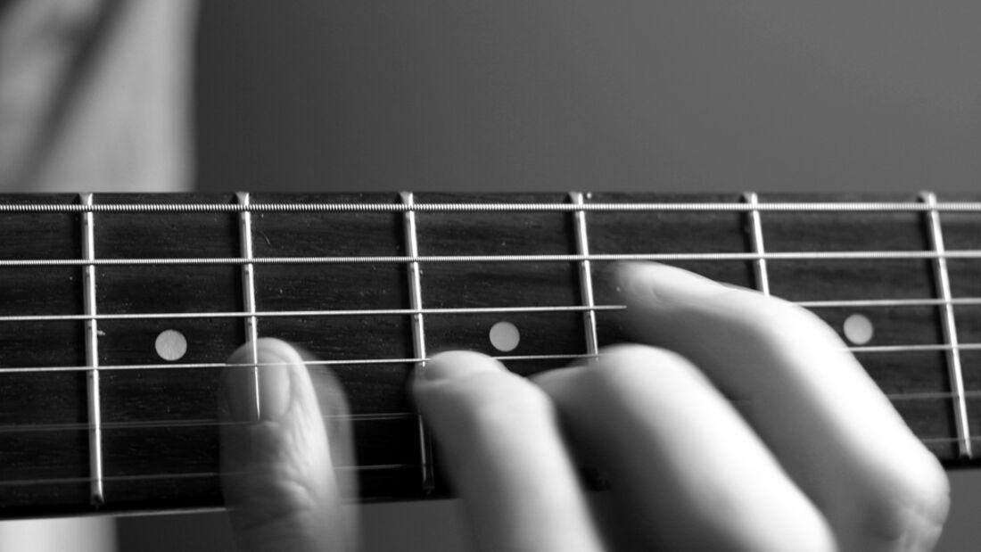 KL Finger Gitarre