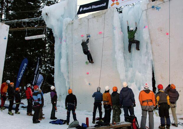 KL-Kandersteg-Workshops-Ice-Tower (jpg)