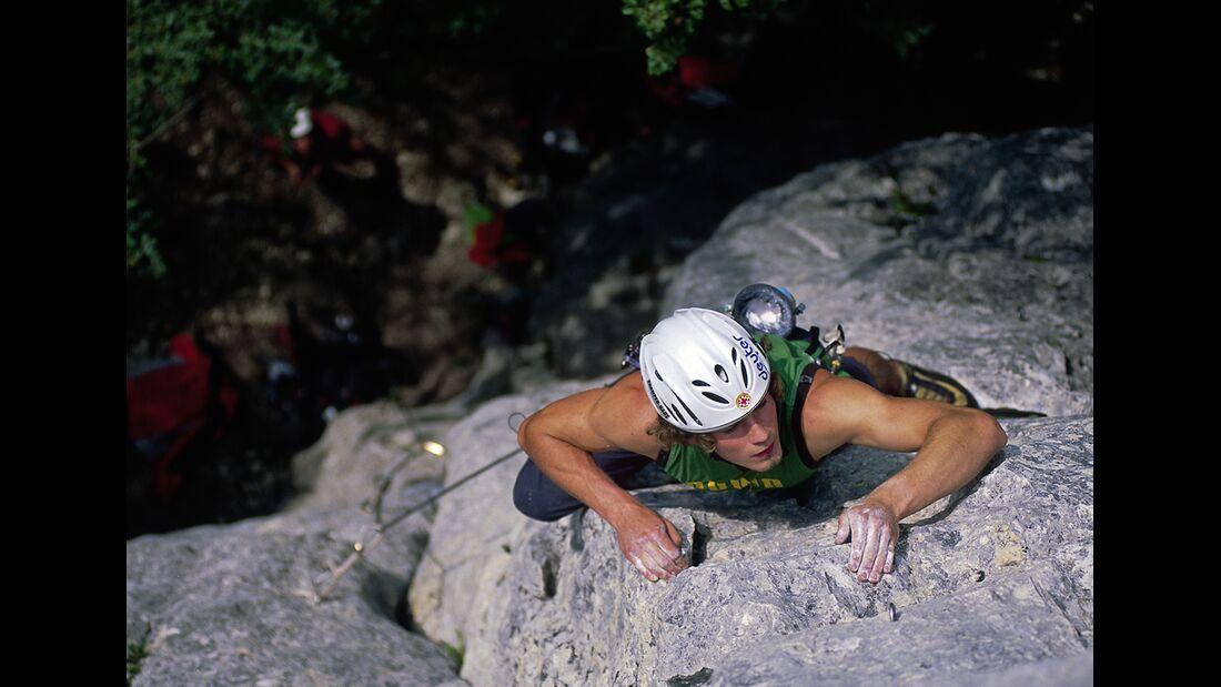 KL-Klettern-Wochenend-Trips-D-A-CH-4-2015-Garm.Turm-Supergirl_Fritz_04 (jpg)
