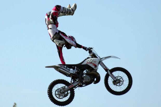 KL Motocross-Stunt