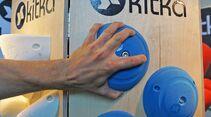 KL-Outdoor-Messe-2015-c-Sarah-Burmester-Klettergriffe-Kitka-15-07-15-Outdoor-A6-110 (jpg)