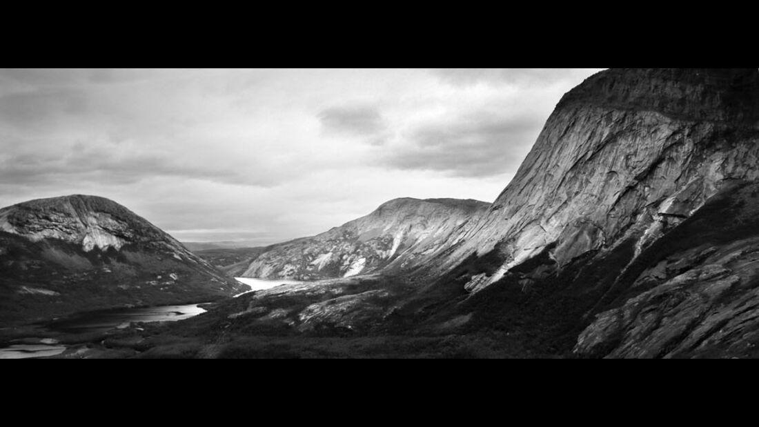 KL-Pirmin-Bertle-bouldern-in-Norwegen-1579a (jpg)