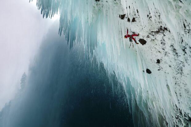 KL-Reel-Rock-Film-12-IceRevolution1 (jpg)