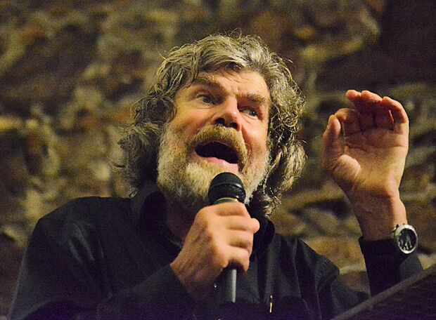 KL Reinhold Messner beim Vortrag