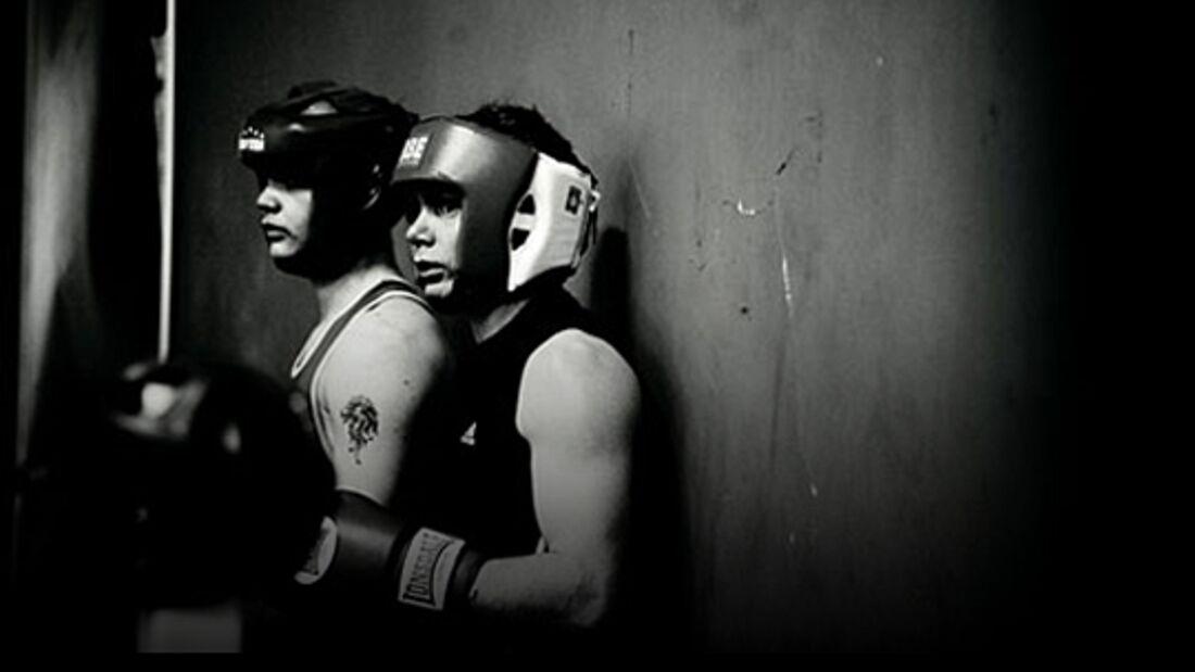 KL Rich Simpson in boxing gear