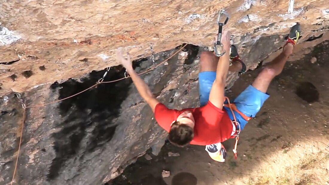 KL Ruben Firnenburg bei den Versuchen in 'Seleccio Natural' (9a) in Santa Linya