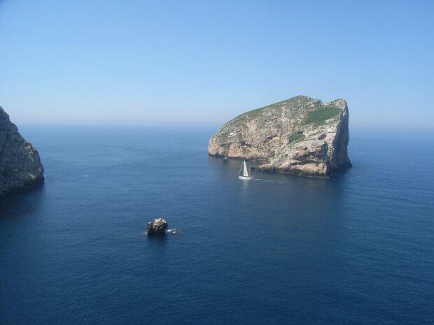 KL_Sardegna_Isola-Foradada-beim-Capo-Caccia-W-Küste (jpg)