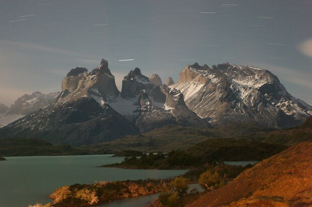 KL-Torres-del-Paine-Massif_at_Night-KenWalker (jpg)