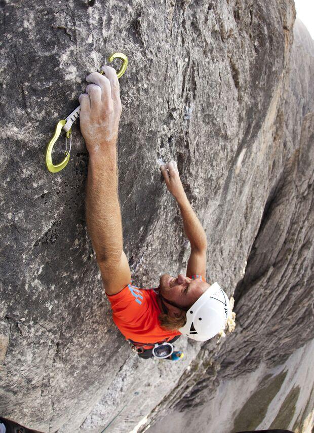 KL-adidas-Advertorial-Fruehjahr-2012-flyandclimb_cwaldegger_climb-189 (jpg)