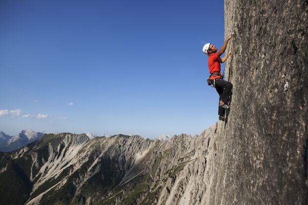 KL-adidas-Advertorial-Fruehjahr-2012-flyandclimb_cwaldegger_climb-259 (jpg)