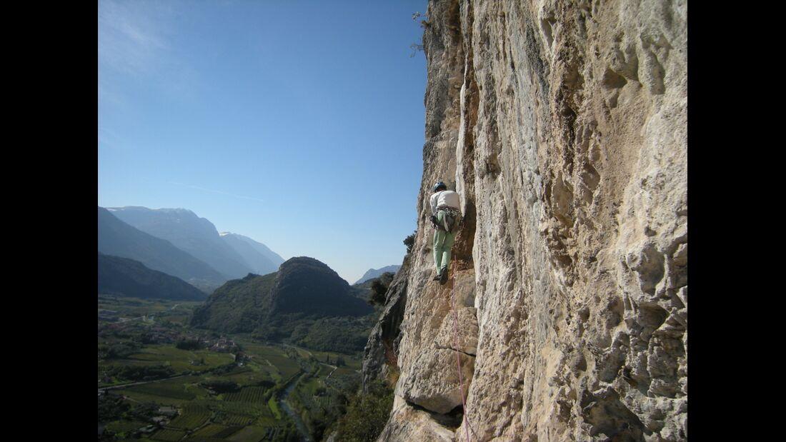 KL-alpines-Sportklettern-Sarcatal-Gardasee-c-Franz-Heiss-Canto del Indria 4