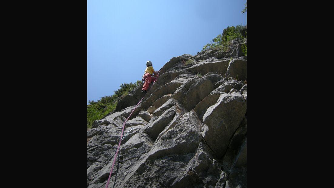 KL-alpines-Sportklettern-Sarcatal-Gardasee-c-Franz-Heiss-cengia rossa5