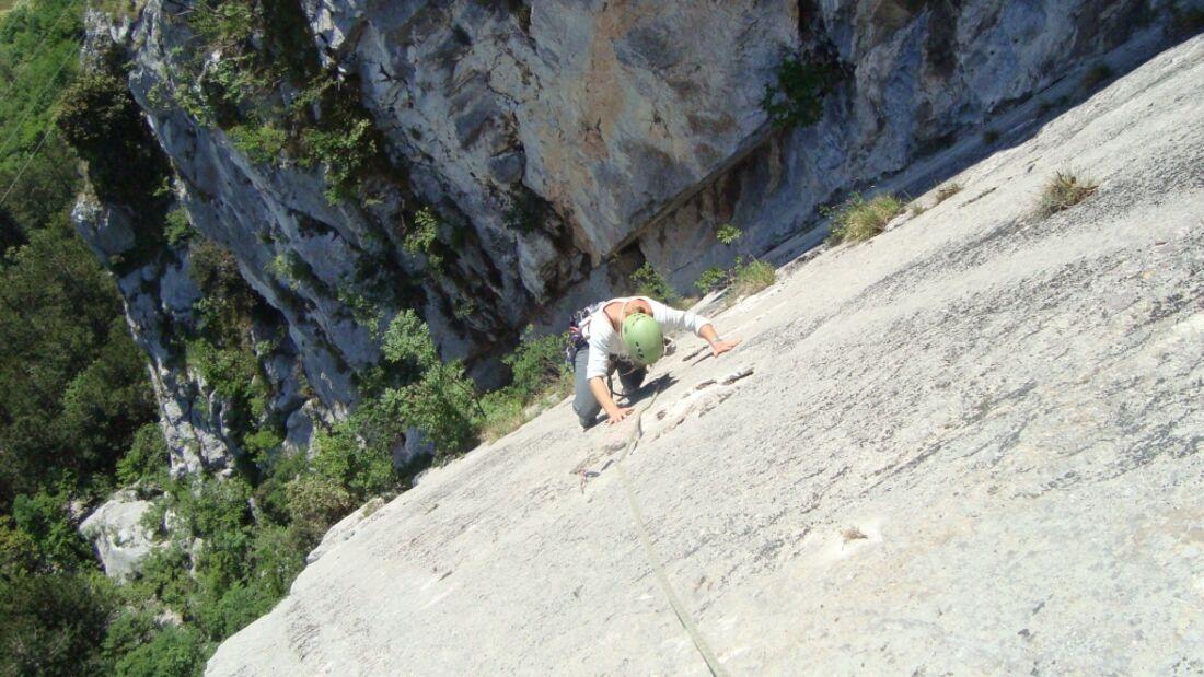 KL-alpines-Sportklettern-Sarcatal-Gardasee-c-Franz-Heiss-due spigoli 4