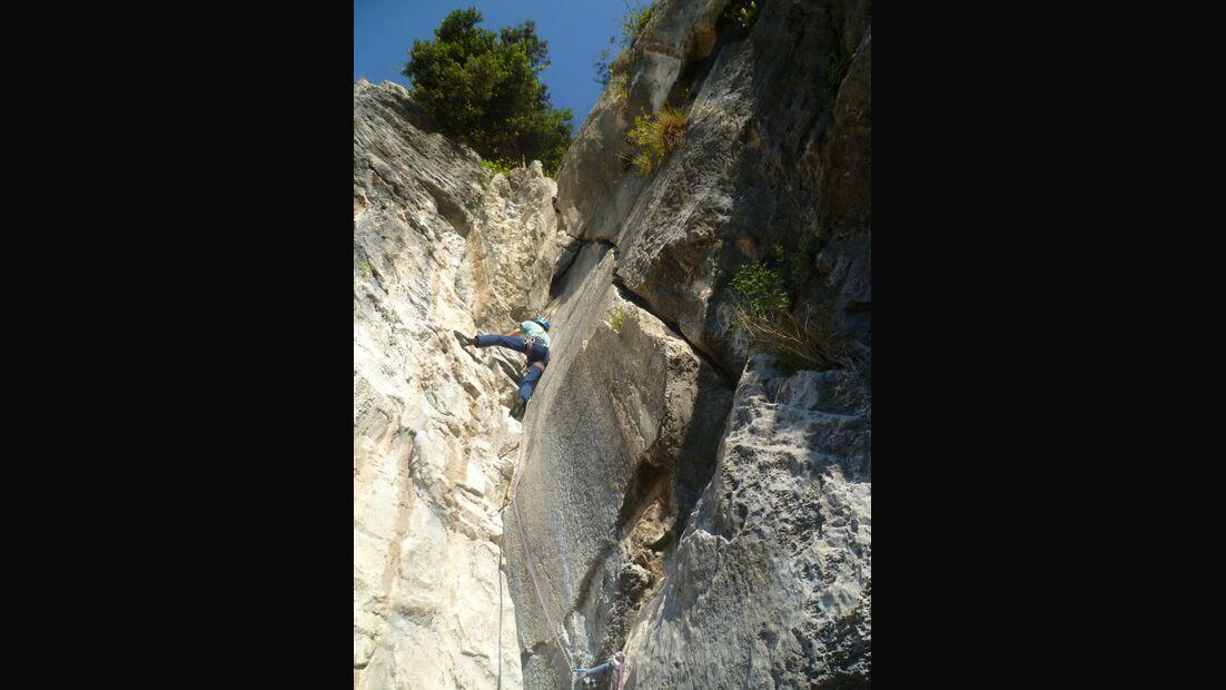 KL-alpines-Sportklettern-Sarcatal-Gardasee-c-Franz-Heiss-profondo rispetto
