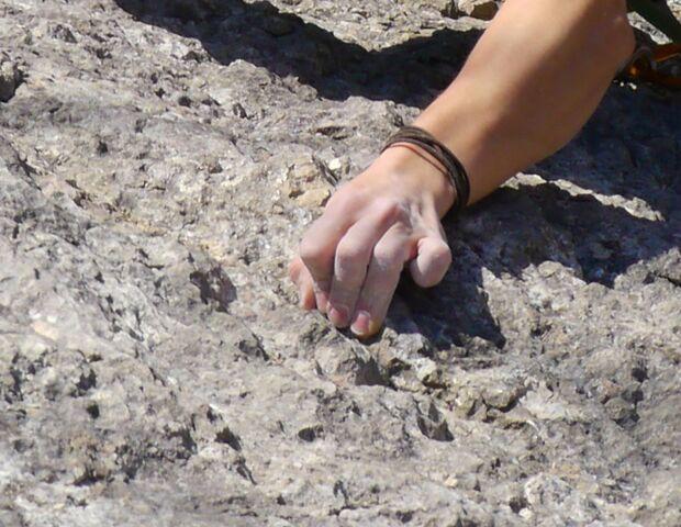 KL aufgestellte Finger Klettern