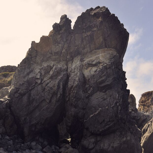 KL-the-beauty-of-rock-Coastal-Monument