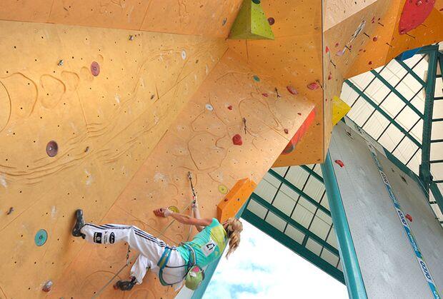 Kletter-Wettkampf: Rock Master Arco am Gardasee (Bilder International Open Lead) 20